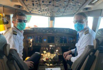 KLM mask pilots